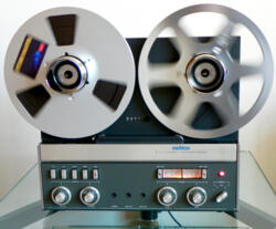 REVOX A 77 MK4 HS - 2 tracks - 7,5 and 15 inch speed - Eq: IEC - Fully refurbished and certified - 3 months full warranty
