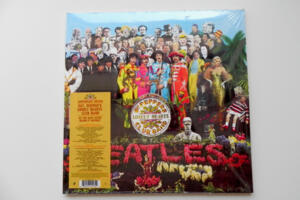 Sgt. Peppers Lonely Hearts Club Band (Anniversary Edition) / The Beatles  -- Doppio LP 33 giri - Made in Eu