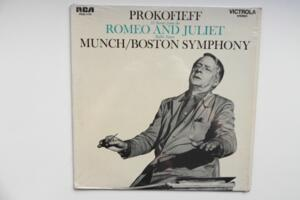 Prokofieff: 12 Scenes from the Romeo and Juliet Ballet Suites  / Boston Symphony - Charles Munch -- LP 33 giri - Made in USA