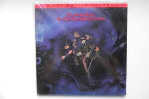 On the Threshold of a Dream / The Moody Blues -- LP 33 giri 200 gr. / Made in USA / Sigillato
