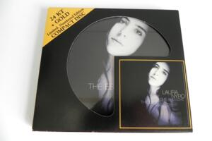 Laura Nyro - Time and Love  The Essential masters  --  CD Gold