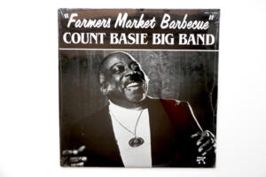 Farmers Market Barbecue - Count Basie Big Band  --  LP 33 giri - Made in USA - Stampa del 1982 SIGILLATA di fabbrica