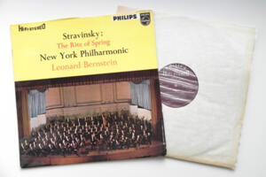 Stravinsky The Rite of Spring / New York Philharmonic conducted by  L. Bernstein  -- LP 33 giri - Made in England