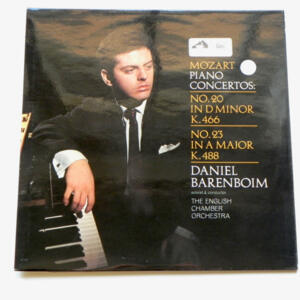 Mozart PIANO CONCERTOS / Daniel Barenboim soloist & conductor The English Chamber Orchestra  --  LP 33 giri - Made in UK