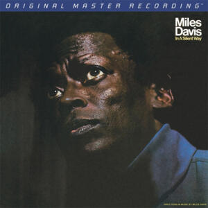 Miles Davis - In A Silent Way  --  SACD Ibrido Stereo - Edizione limitata e numerata Made in USA