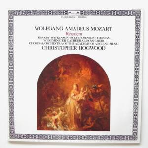Mozart REQUIEM / Chorus and Orchestra of the Academy of Ancient Music conducted by C. Hogwood  --  LP 33 giri - Made in UK