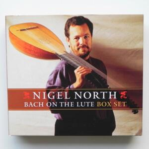 Bach on the Lute / Nigel North  -- Box set of 4 CDs  - Made in UK by LINN - CKD 300 - RARO E FUORI CATALOGO - CD APERTO