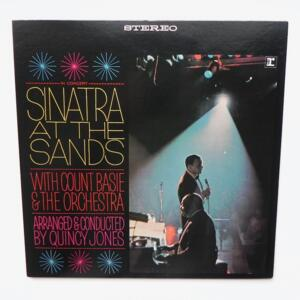Sinatra at the Sands / Frank Sinatra with Count Basie  & the Orchestra  --  Doppio LP 33 giri - Made in Japan - WARNER PIONEER CORP. - P-4656-7R  - LP APERTO