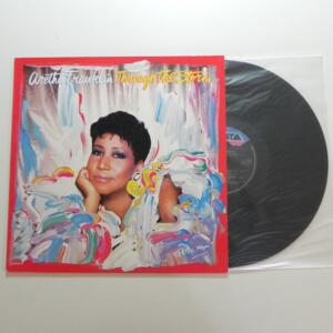 Through the Storm / Aretha Franklin  -- LP 33 giri - Made in Italy  - ARISTA - LP APERTO