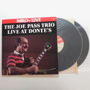 The Joe Pass Trio Live at Donte's / Joe Pass Trio  --  Doppio LP 33 giri - Made in USA  - PABLO - LP APERTO