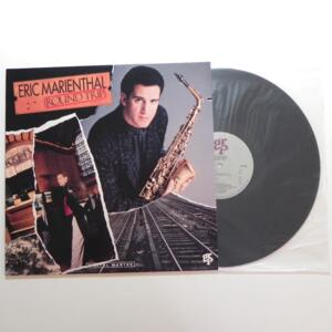 Round Trip  /  Eric Marienthal  --  LP 33 giri - Made in USA - GRP RECORDS  - LP APERTO